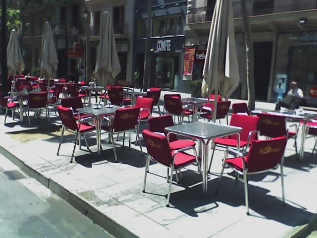 Fotos terrazas cojines de terraza para hosteleria - Cojines sillas terraza ...